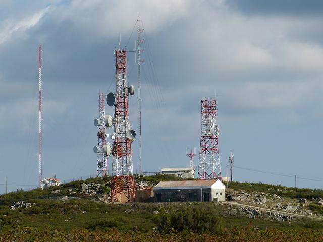 antenna-227799_1920.jpg