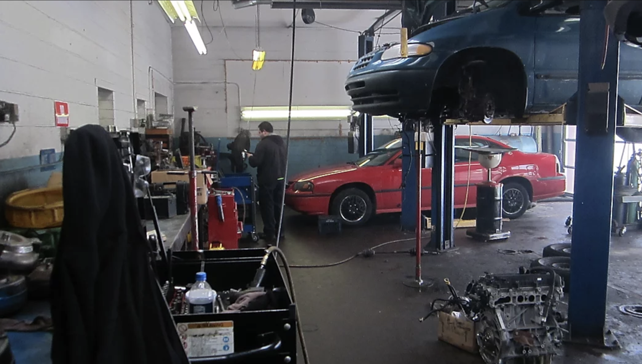 usa transmissions is a full service transmission repair shop in metropolitain detroit