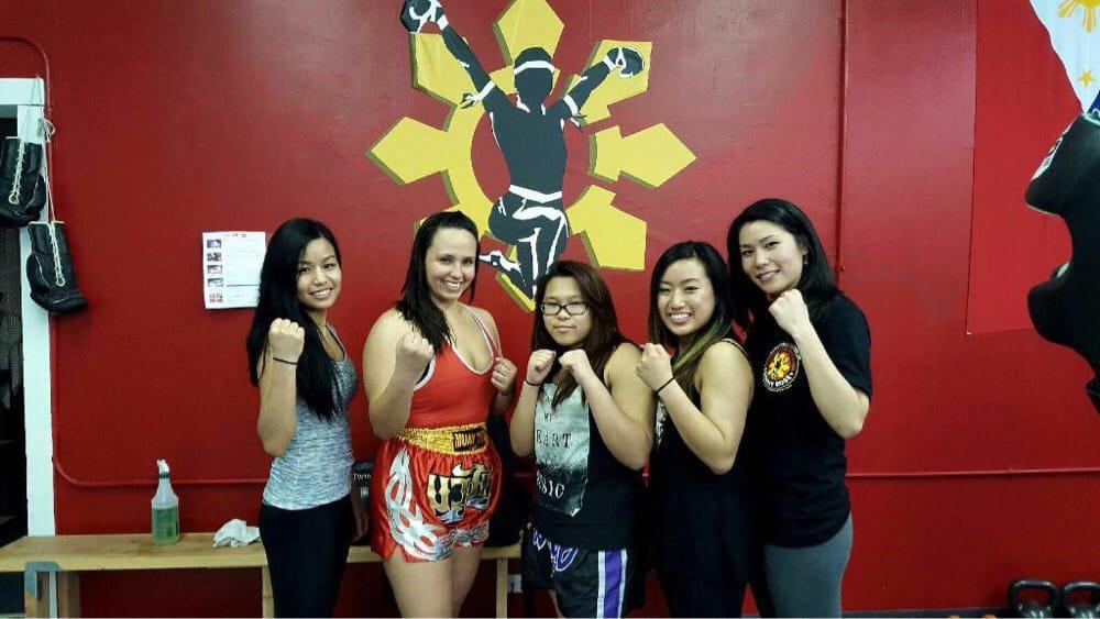 Women's self defense classes in Lisle, IL.