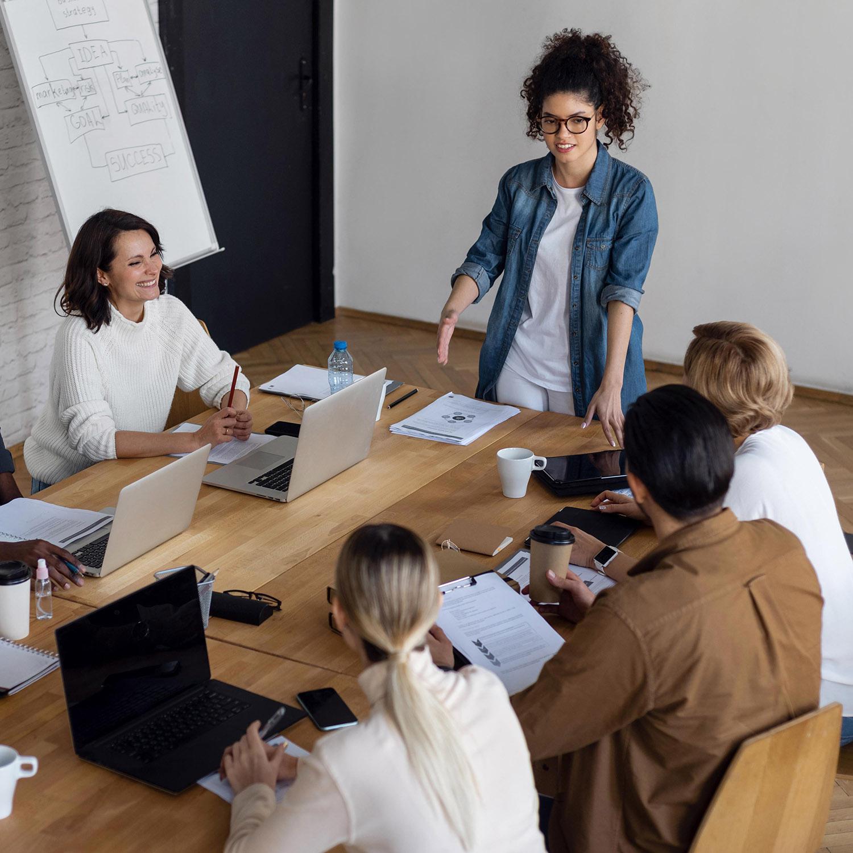 people-business-meeting-high-angleb.jpg
