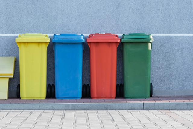 What is medical waste compliance in Warren County?
