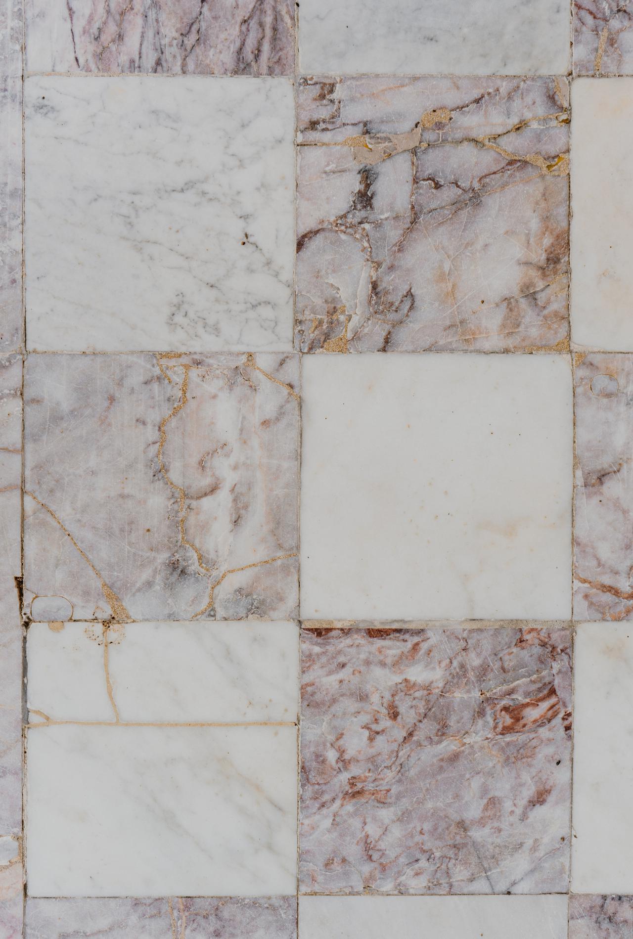 Tile repair vs. replacement: tile experts in Dallas explain