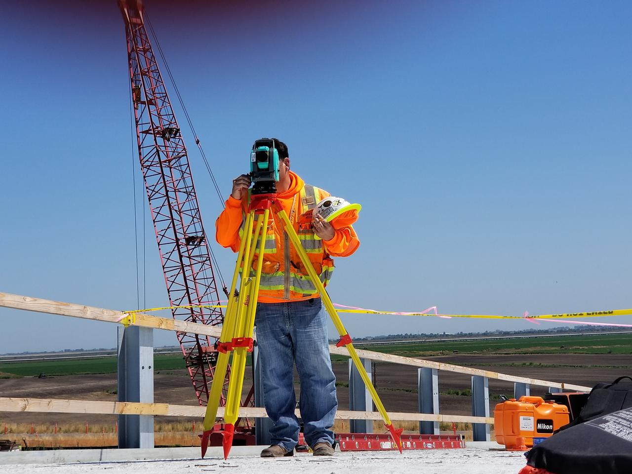 construction worker estimating a project