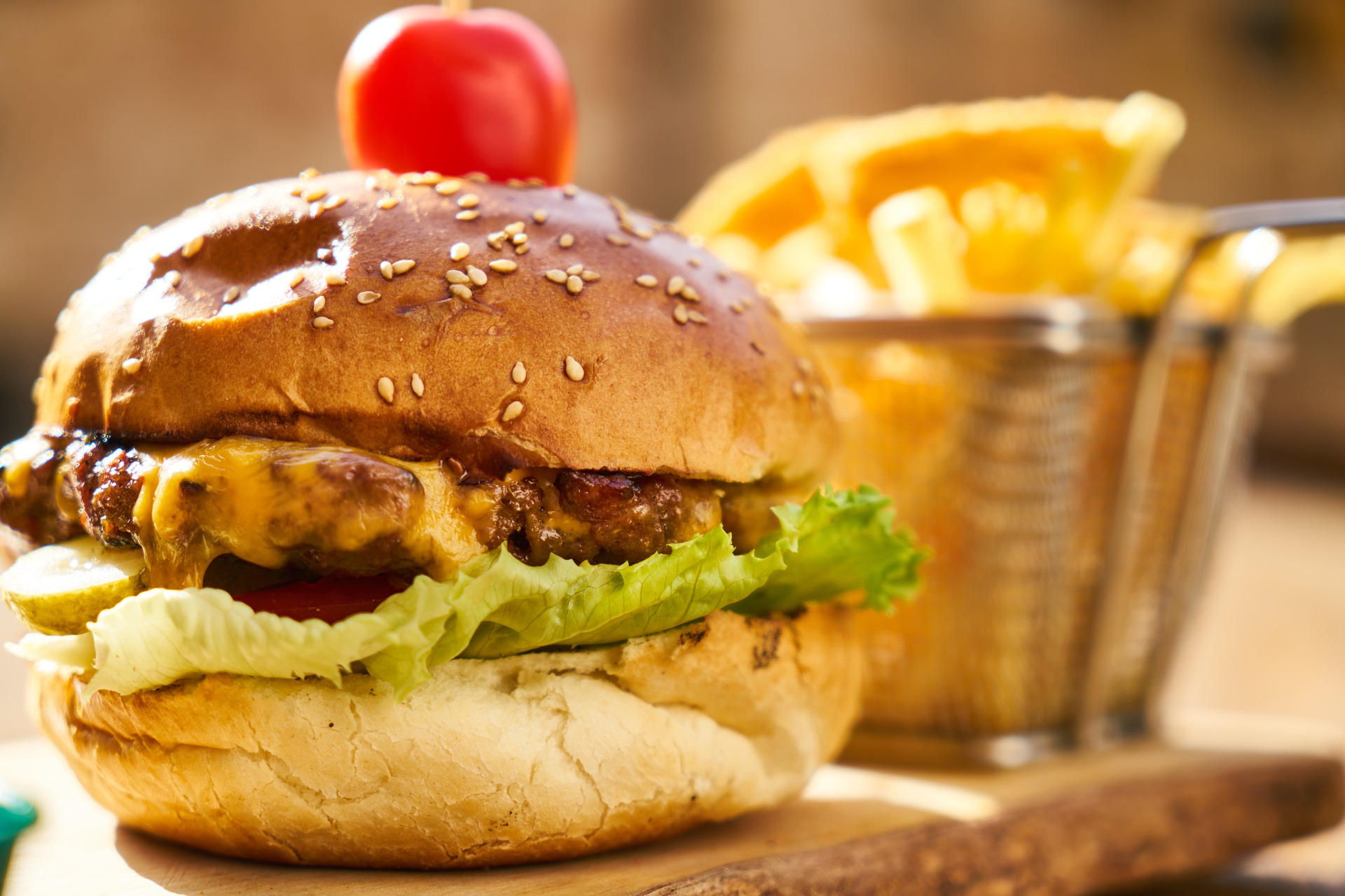 burger-4220759_1920.jpg