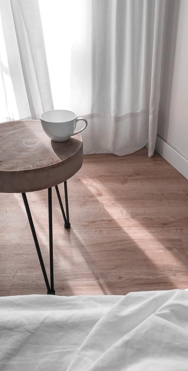 Vinyl flooring installation contractors.