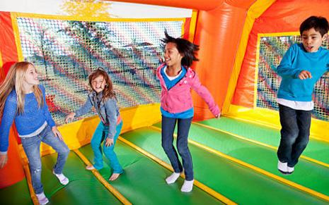 Ultimate Boom Party Rentals serves Wayne County, Oakland County, and Macomb County for all your party and bouncy house rental needs.