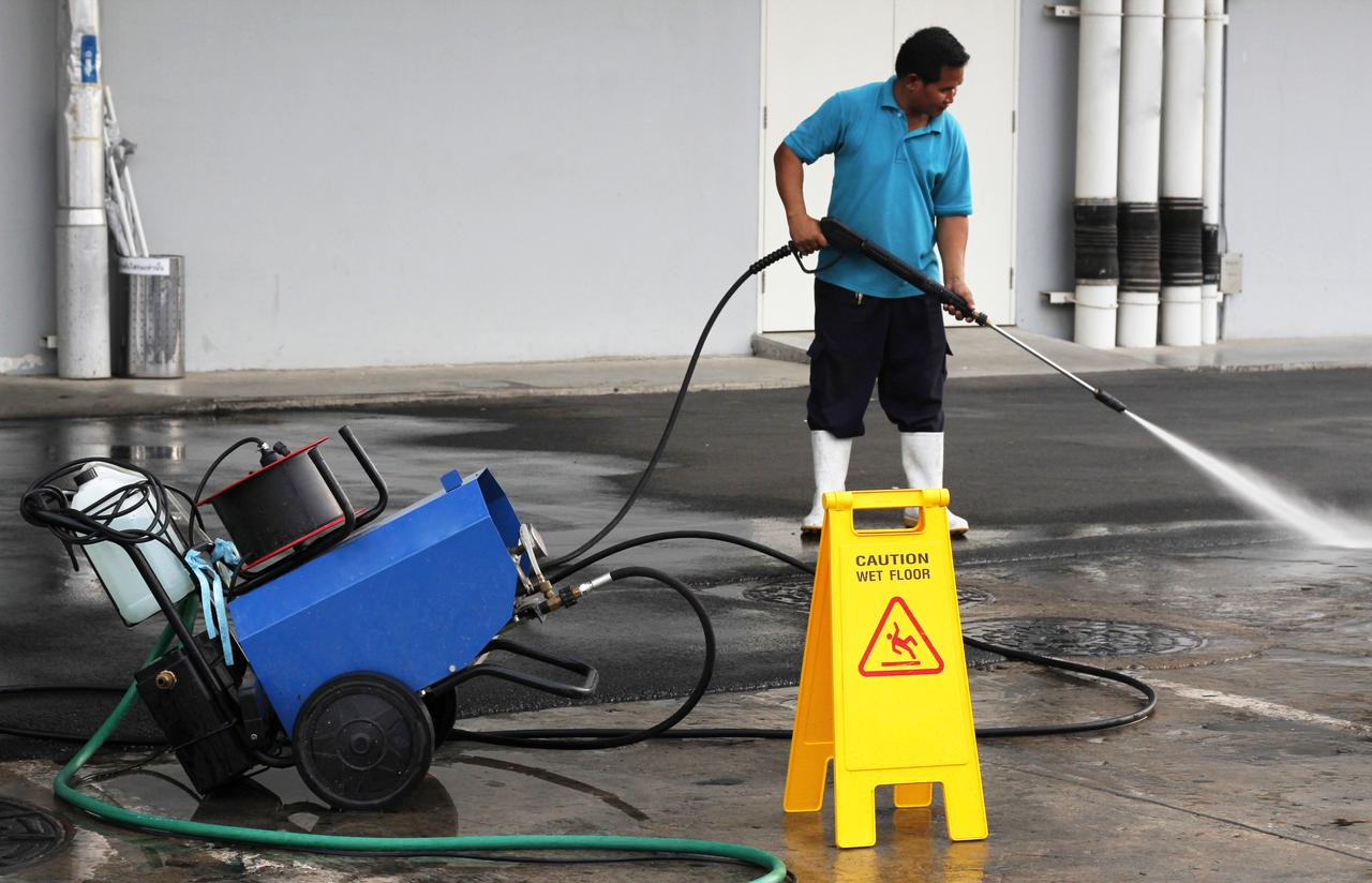 Vancouver pressure washing services.