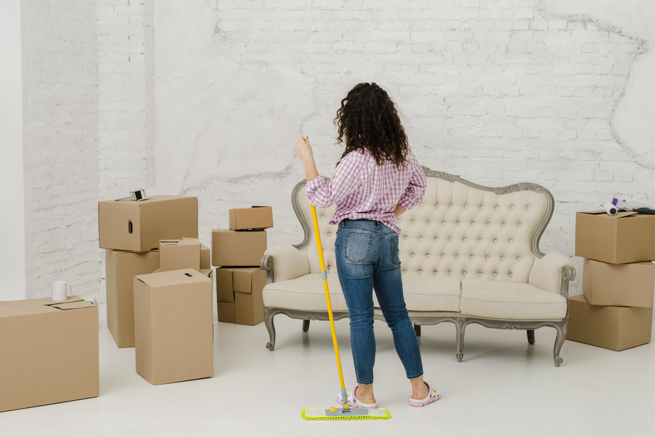 Vancouver move-in/move-out cleaning services.