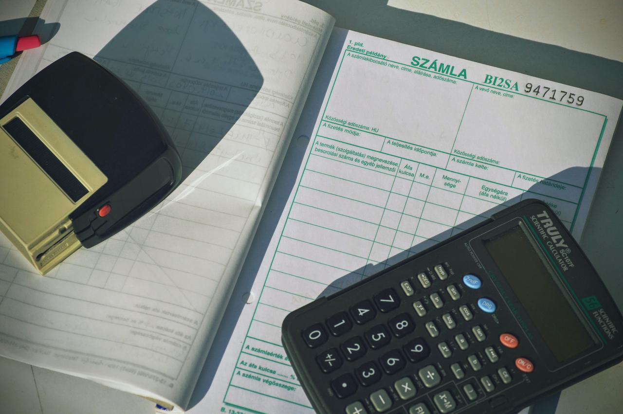 Invoicing & Purchase Orders