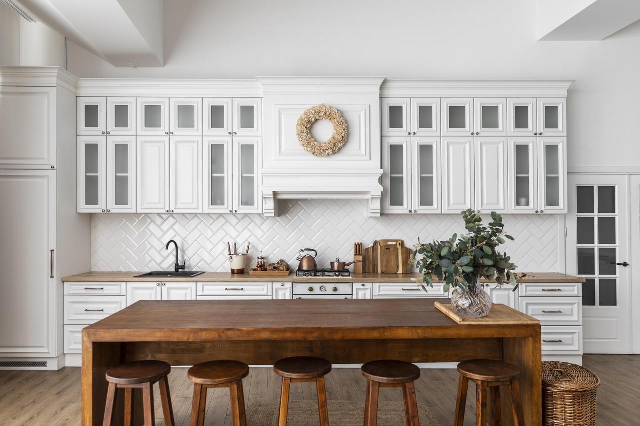 kitchen-interior-design-with-wooden-table.jpg