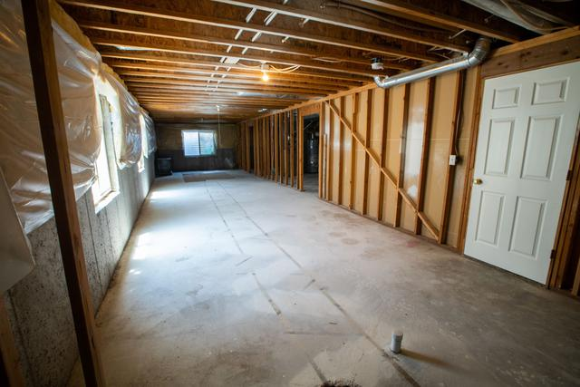 Differences between general contractors and home builders in Montgomery County, PA