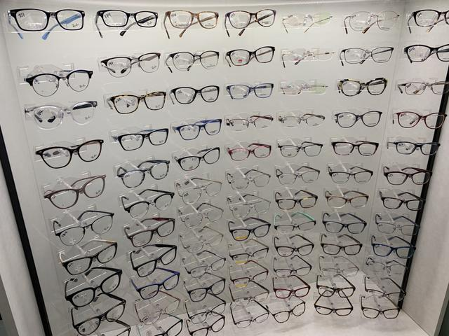 bellmawr eye care glasses frames wall 3