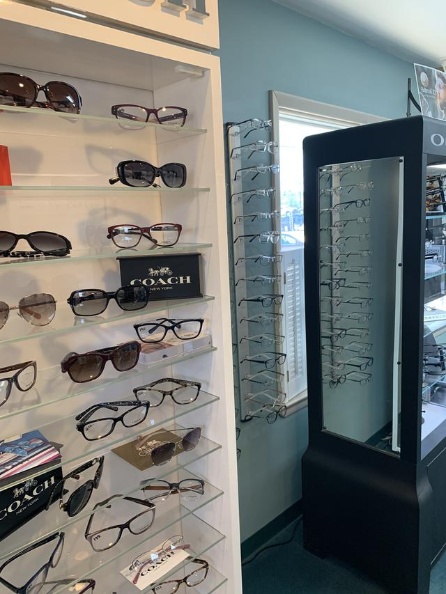 bellmawr eye care glasses frames wall 1