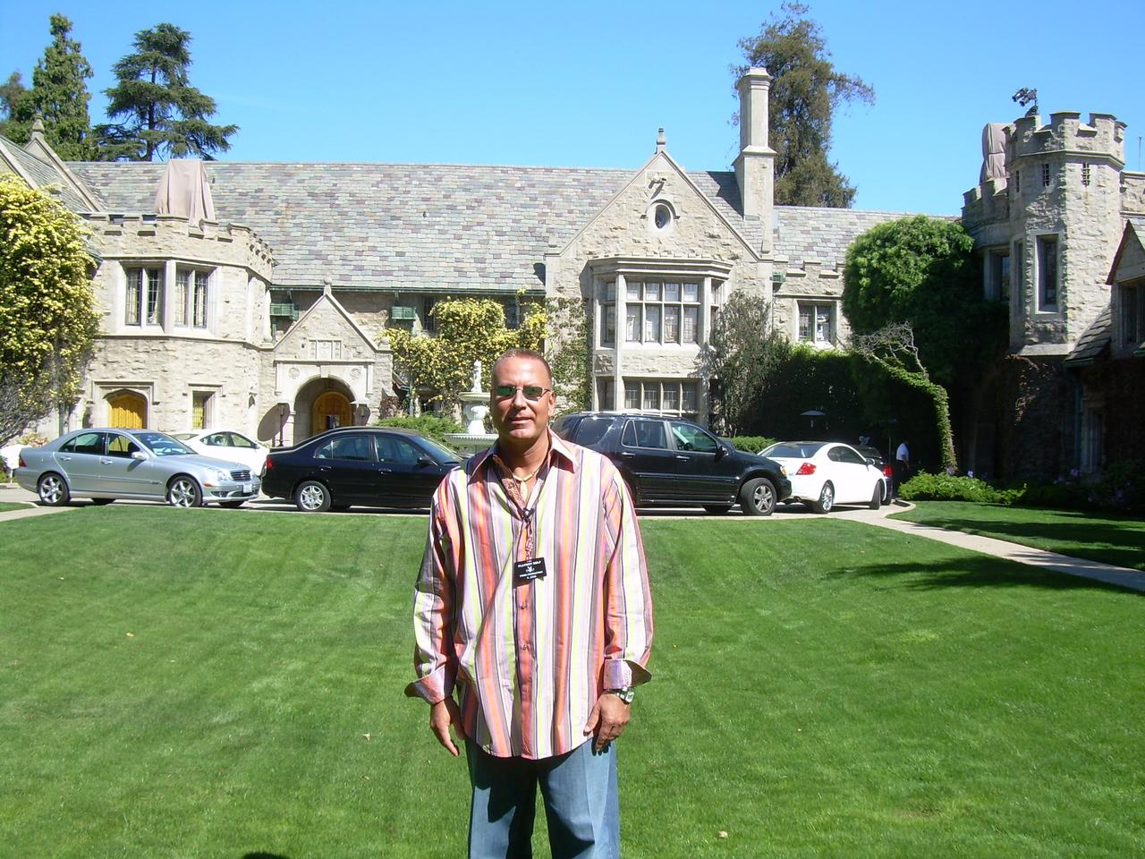 h-at-playboy-mansion.jpg