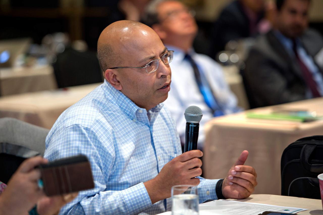 An audience member asking a question during a Q&A at one of our wound care industry events.