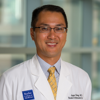 Jayer Chung, MD, is an experienced and accomplished professor. This makes him perfectly suited to provide advanced wound care education.