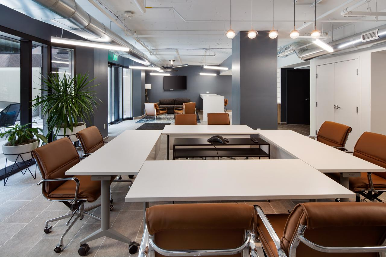 move in ready furnished office space in Phoenix
