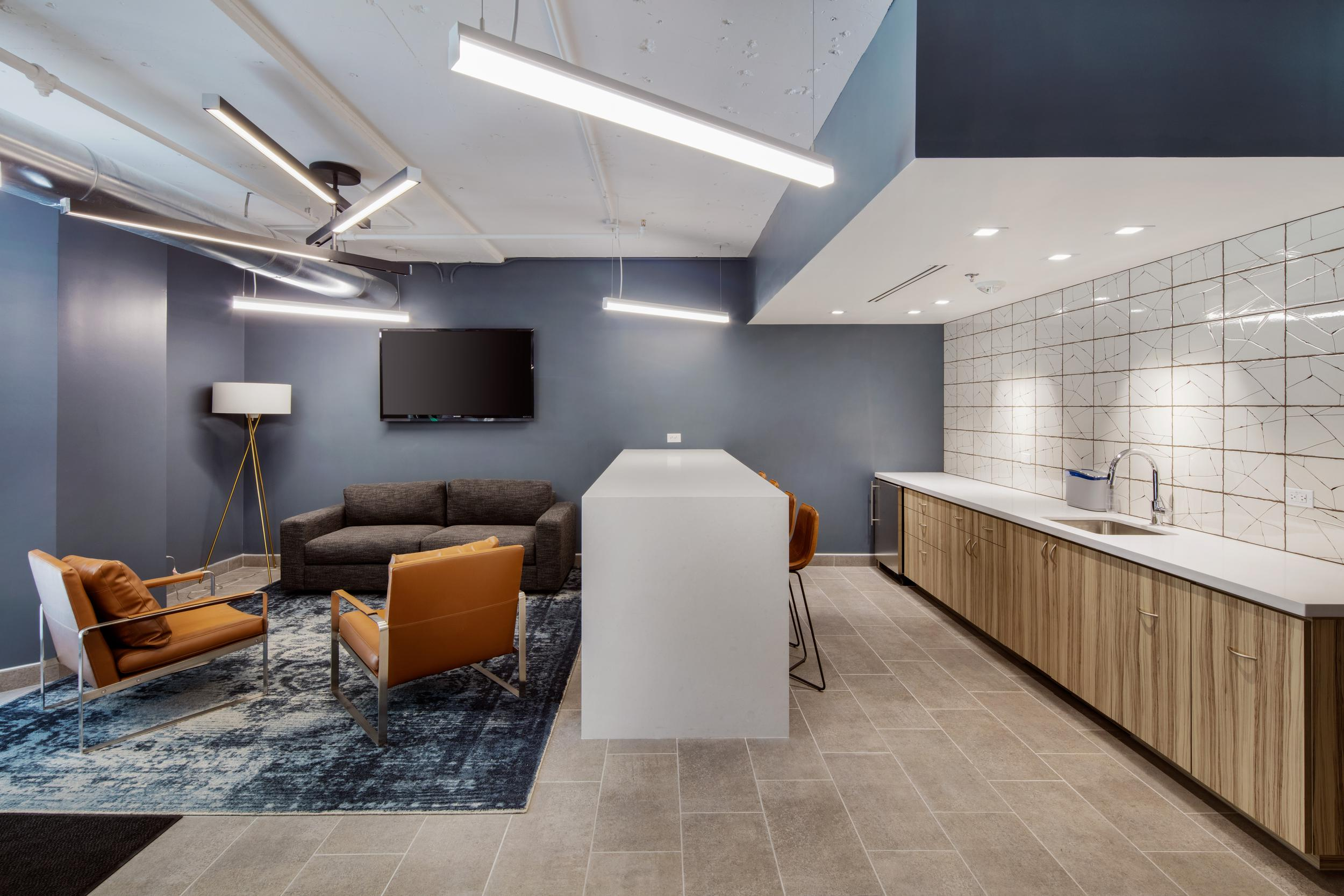 commercial real estate with amenities in phoenix<br/>