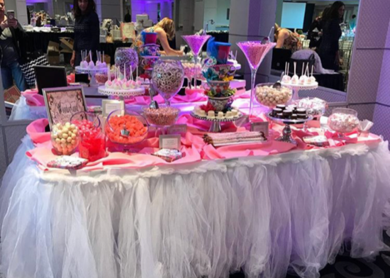 pink with tulle candy table.png