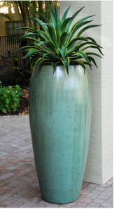b7f438ac-ebb4-11ea-95cd-0242ac110003-webssite_photo_17_exterior_container_gardens_section.png