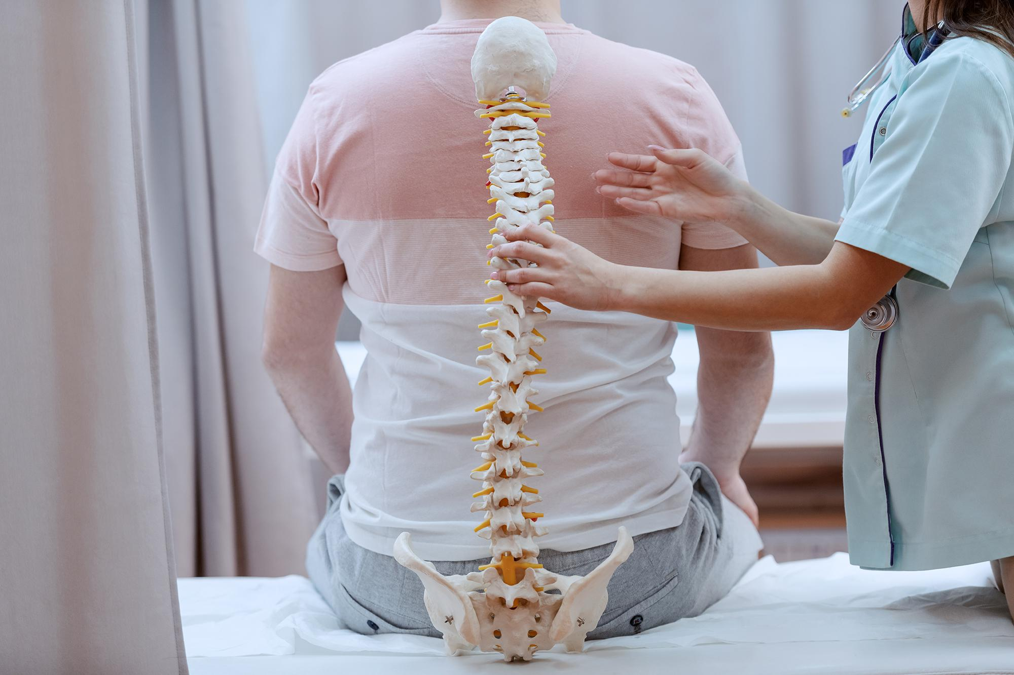 Find nucca chiropractic care in Phoenix AZ for spinal health.