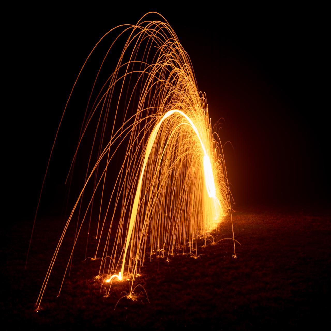 steel wool spinning (9 of 14).jpg