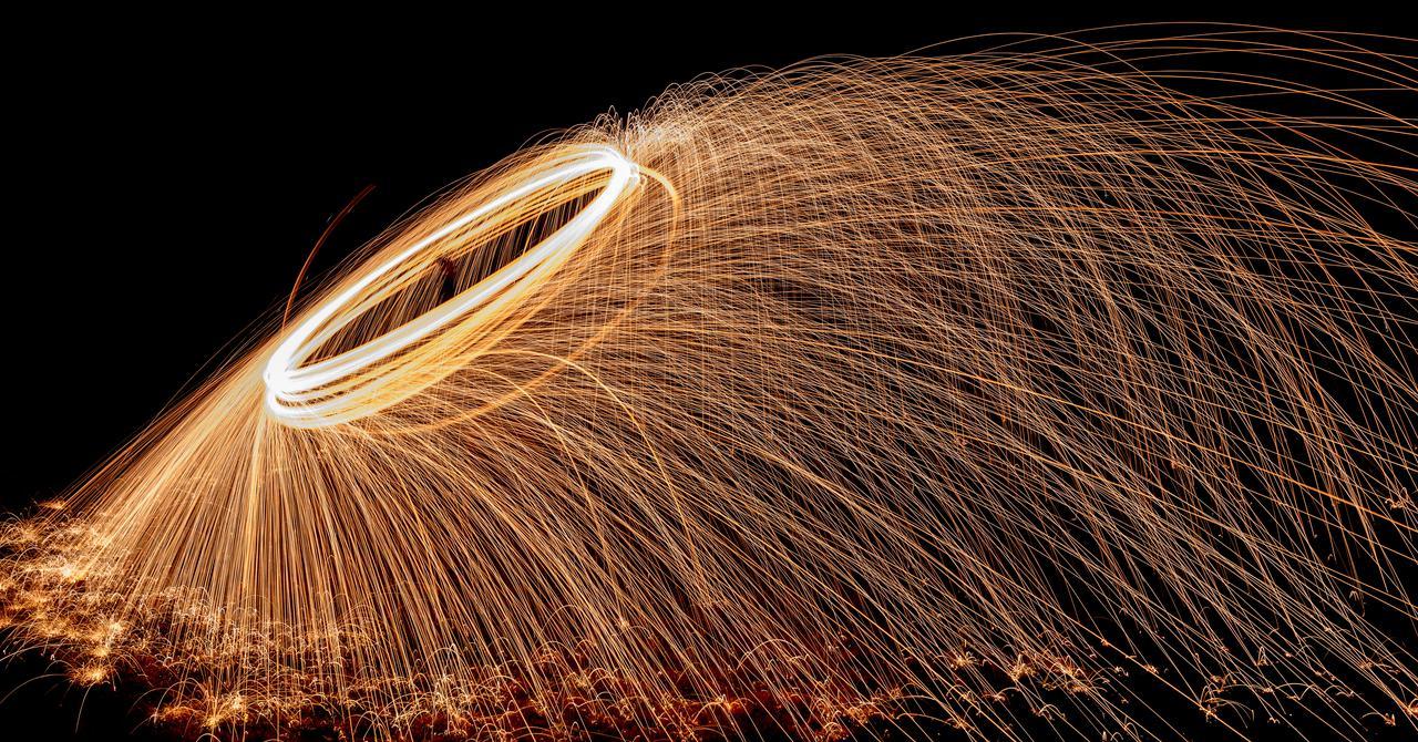 steel wool spinning (2 of 14).jpg