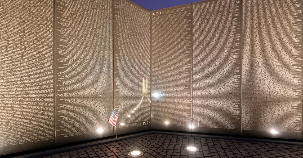 vietnam-veterans-memorial-first-and-last.jpg