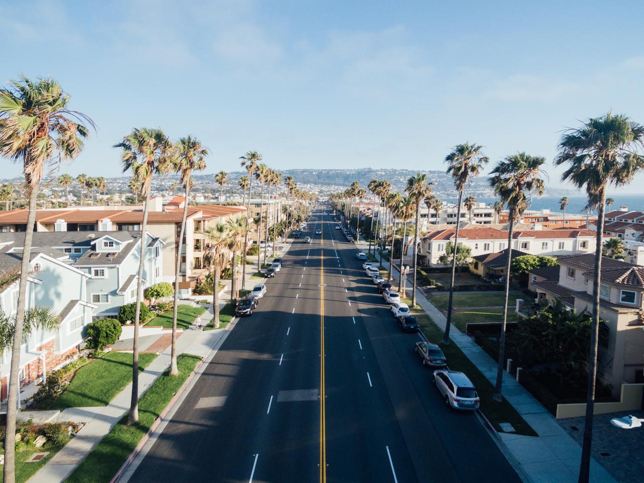Redondo Beach street.