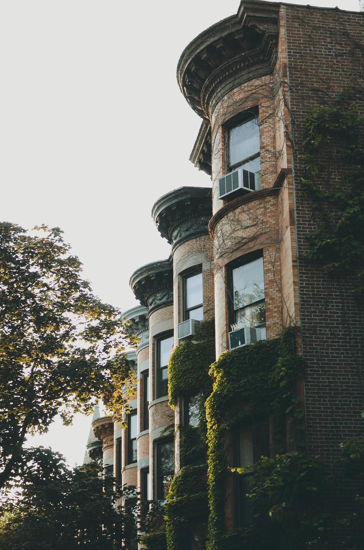 <strong>How to Increase the Value of Your New York Townhouse</strong>