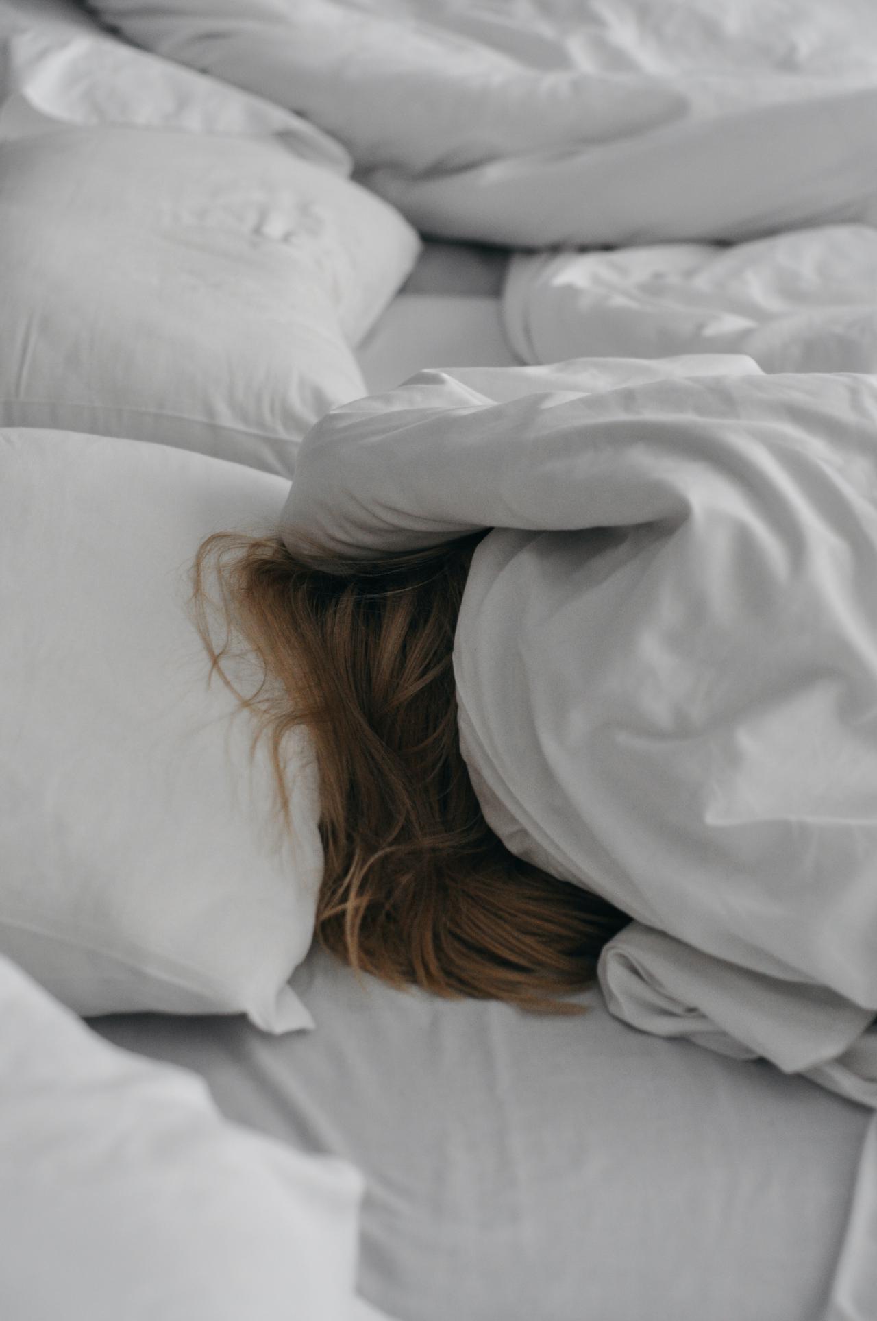 Sleeper who wishes she had a split head bed base.