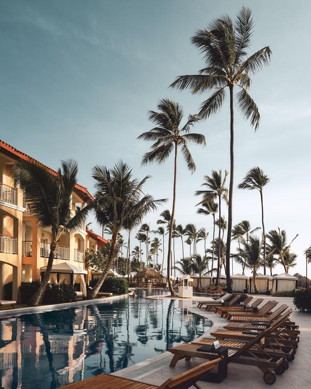 5 reasons to start booking luxury vacation packages for next year