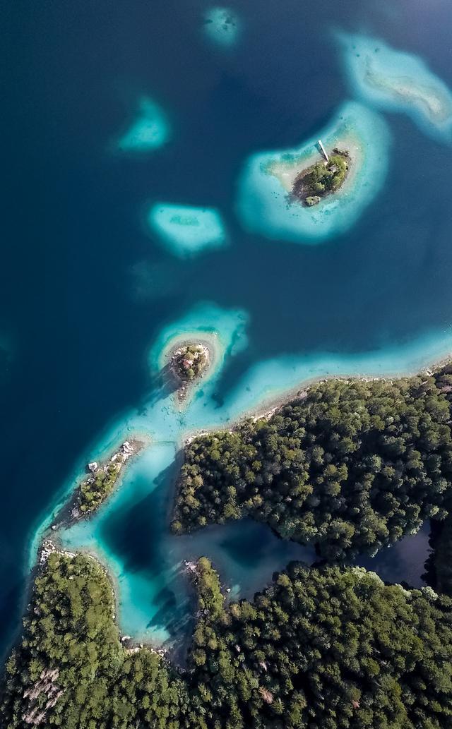 bird-s-eye-view-of-green-islands-2880755.jpg