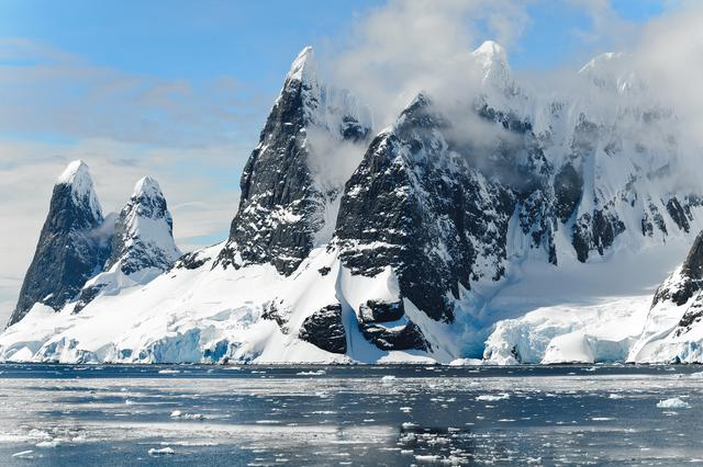 cold-glacier-iceberg-melting-48178.jpg