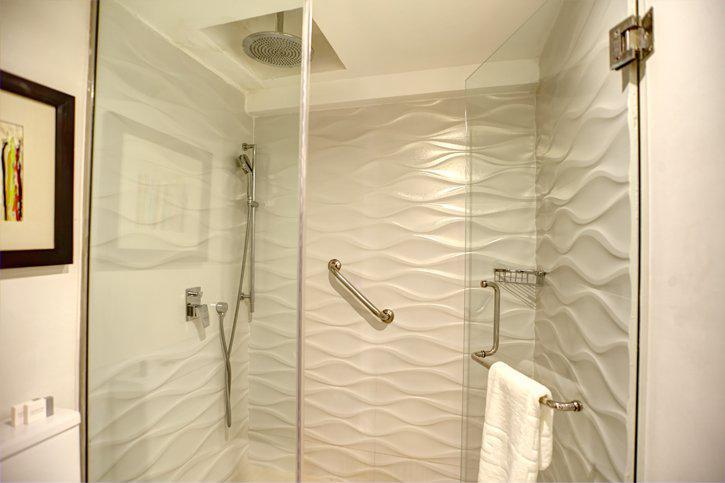 royalton_white_sands_luxury_room_(3).jpg
