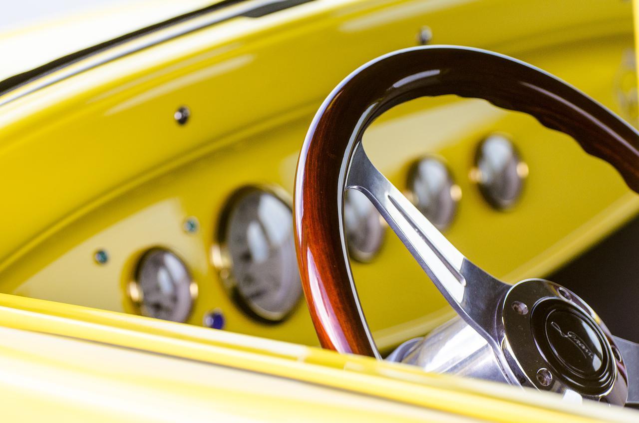 b3eb steering wheel
