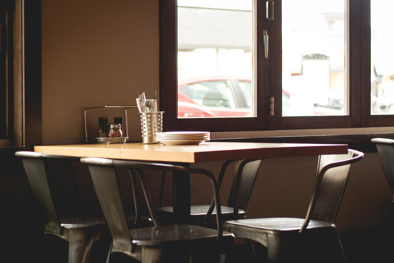An empty table in a restaurant.