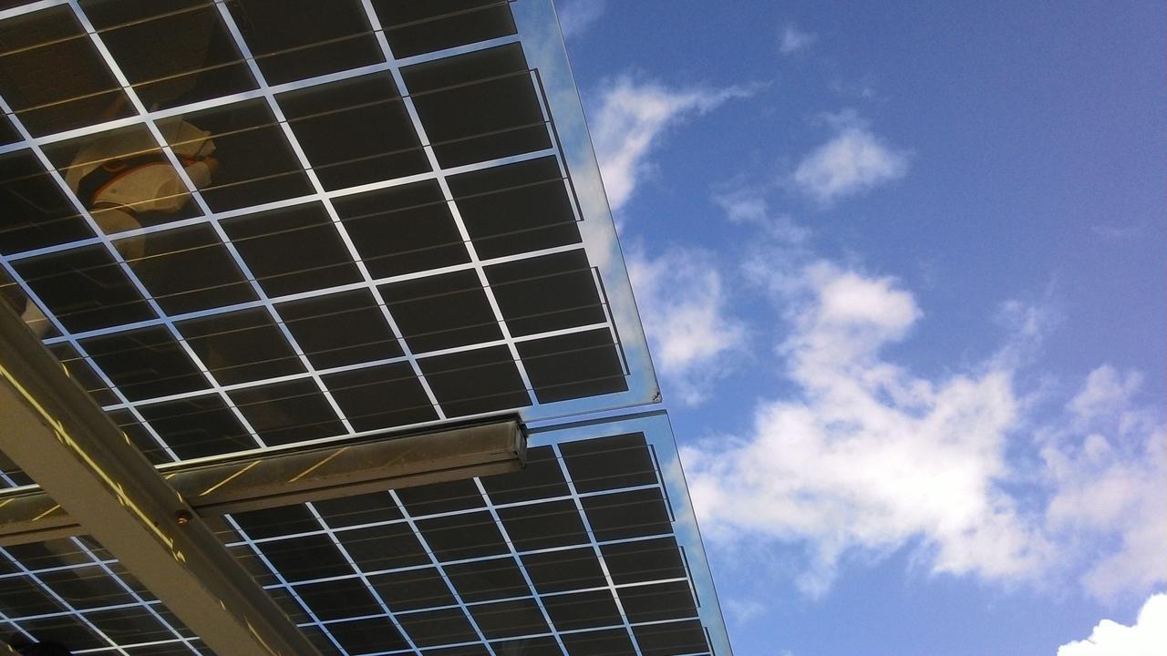 b6ff solar panel
