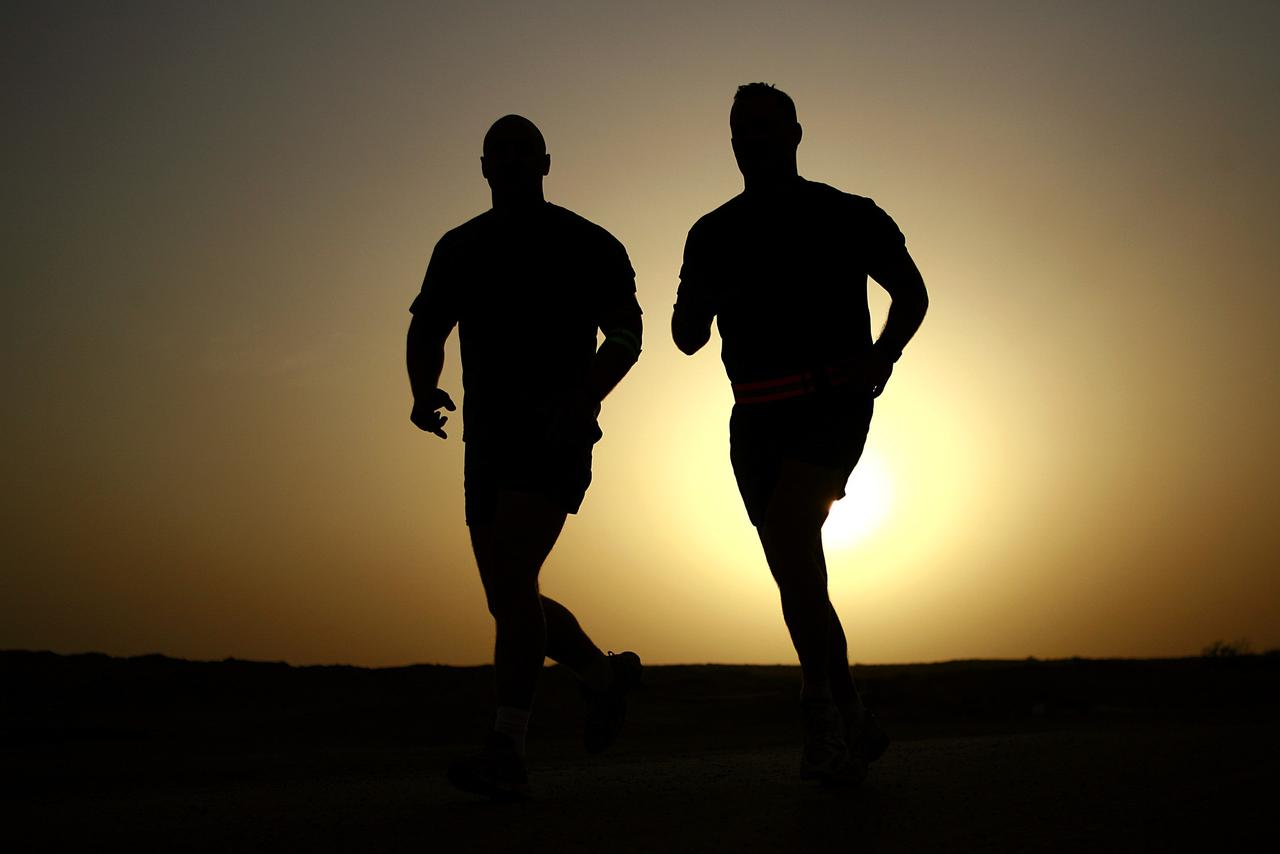 0a6b7020-155b-11e7-9e29-0242ac11000d.runners-silhouettes-athletes-fitness-39308.jpeg