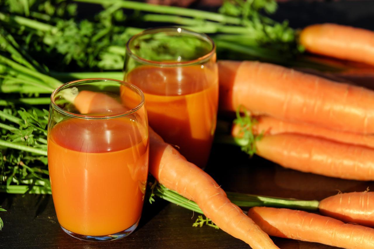 08f1a668-31b9-11e7-8cb2-0242ac110003-carrot-juice-juice-carrots-vegetable-juice-162670.jpeg